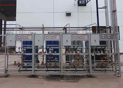 High-pressure-line-control-panels